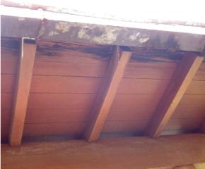 住宅 屋根材の破損・劣化チェック