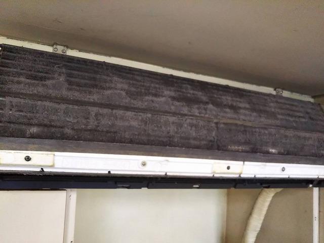 クラシオ 施工実績 エアコン・室外機清掃(ビフォー写真)