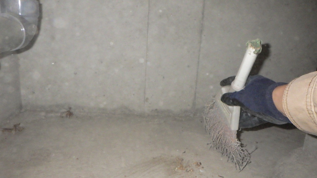 クラシオ 施工実績 熊本市南区I様/床下清掃・シロアリ予防工事(ビフォー写真)